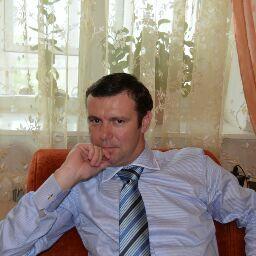 Андрей Модин