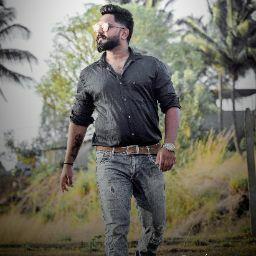 user Akshay Naidu apkdeer profile image