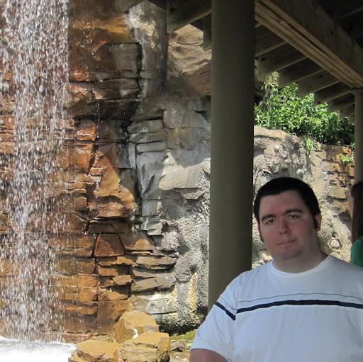 Michael Meszaros's avatar