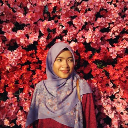 user Siti Nur Hidayah apkdeer profile image