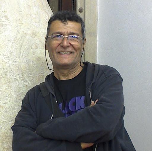 Roberto Moura