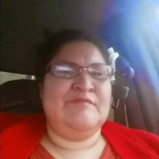 user Natasha Underwood apkdeer profile image