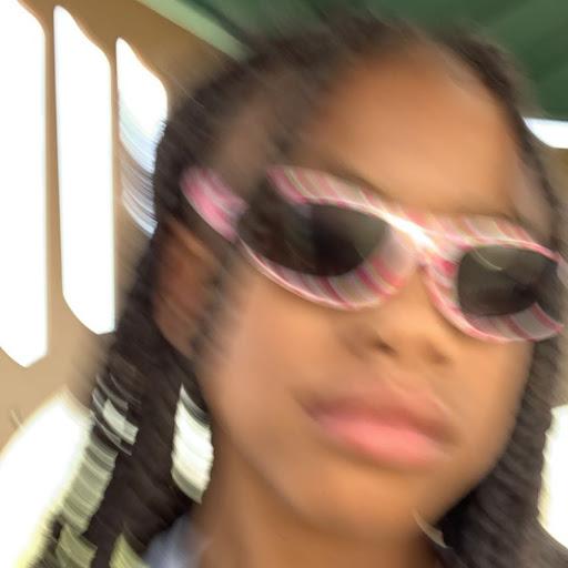 user juanita Edwards apkdeer profile image