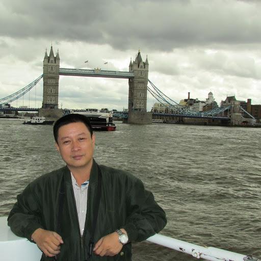user Lam tran quang apkdeer profile image
