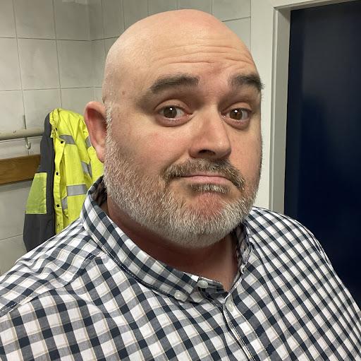 user Craig Bruce apkdeer profile image
