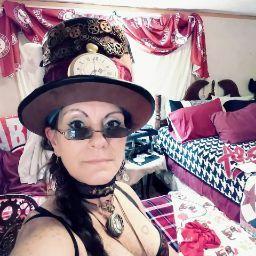 user Tammy Robinson apkdeer profile image
