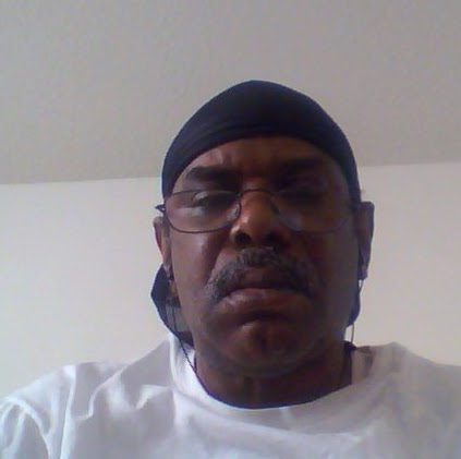 user Charles Davis apkdeer profile image