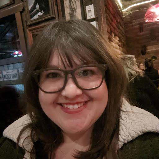user Bonnie Lockwood apkdeer profile image