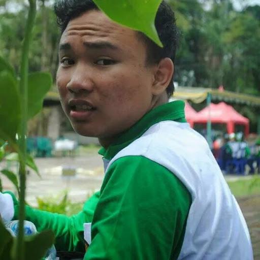 yogasandyana92 member of BuildWith Angga