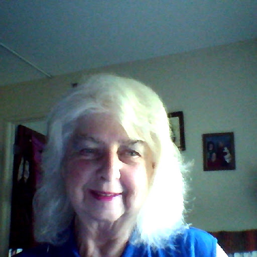 user Patti Mosier apkdeer profile image