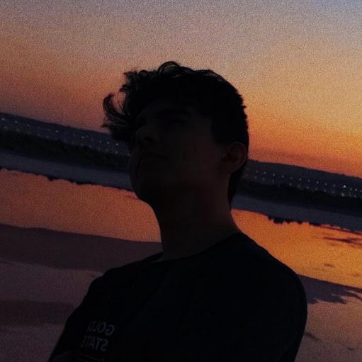 Ayxan's avatar