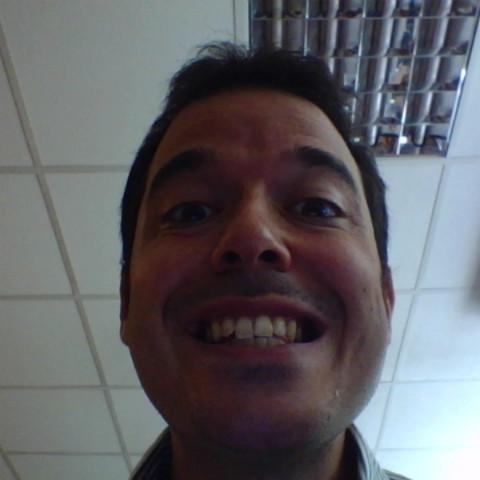 user Demirel Ilgaz apkdeer profile image