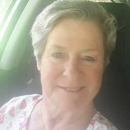 user Olivia Burns apkdeer profile image