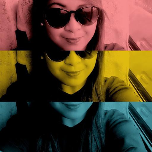 user Michelle San Juan apkdeer profile image