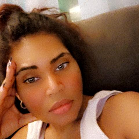 user Sweet_Jessy82 Ortega apkdeer profile image