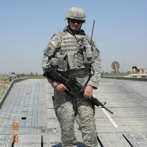 user David Calhoun apkdeer profile image