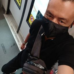 user Herryizwan Ahamad Nawawi apkdeer profile image
