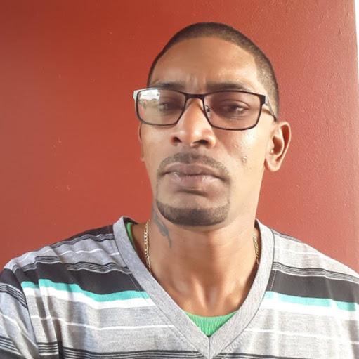 user Michael Vanderpool apkdeer profile image