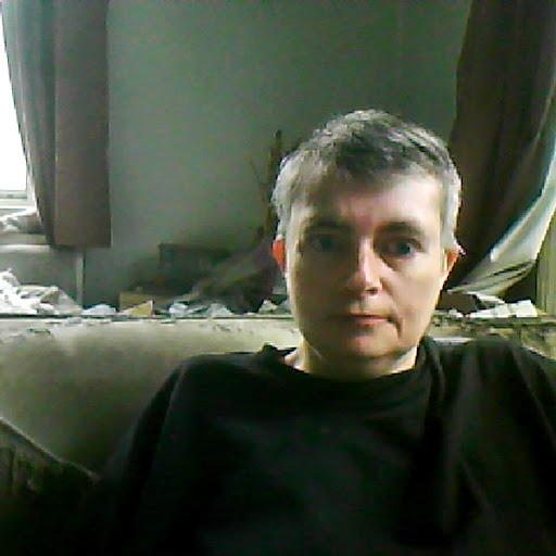 user Karen Jones apkdeer profile image