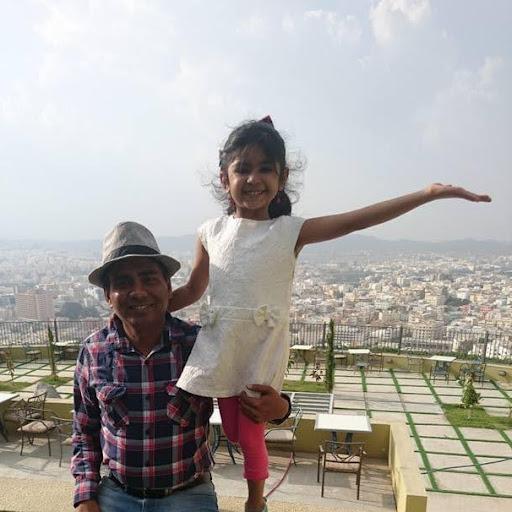 user Piyushkumar Desai apkdeer profile image