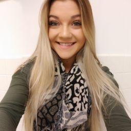 user Caitlin Everard apkdeer profile image