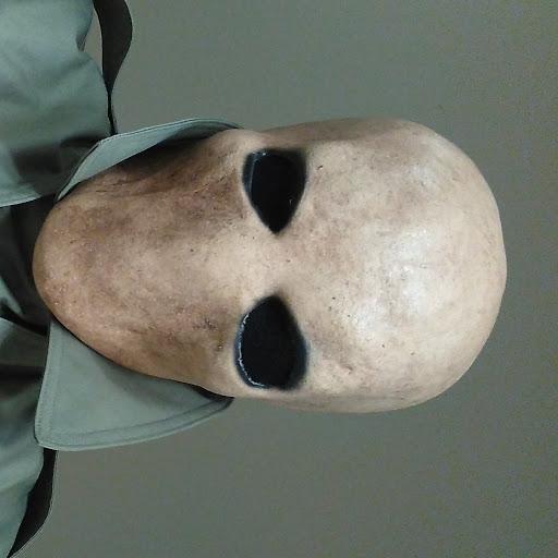 user DHHayes Games apkdeer profile image