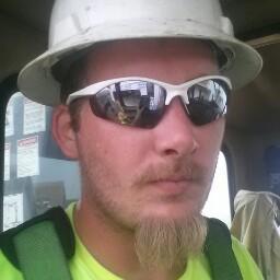 user Matthew Everhart apkdeer profile image