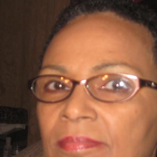 user Beverly Pete apkdeer profile image