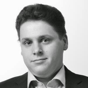 Дмитрий Овчаров