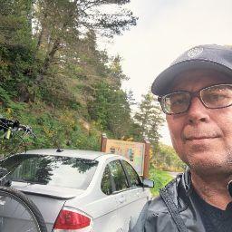 user Charles Ridgway apkdeer profile image