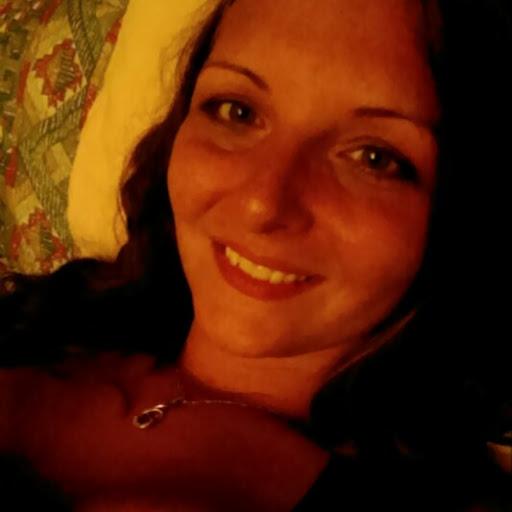 user Christine steen apkdeer profile image