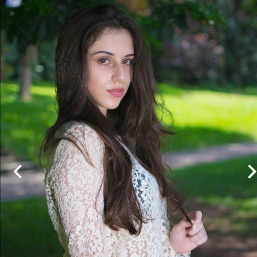 Camila Sant picture