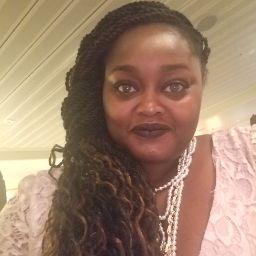 user Hennella Adeola apkdeer profile image