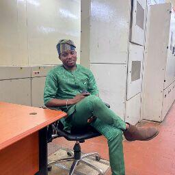 user Osho Ayodele apkdeer profile image