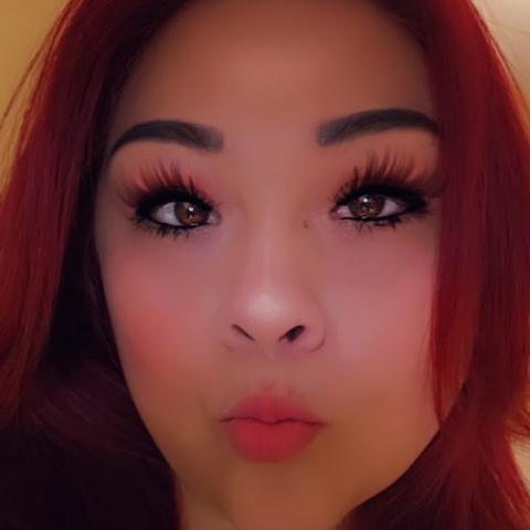 user Natalie Delgado apkdeer profile image
