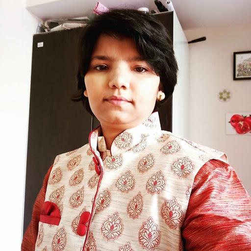user Priyanshi k. Bhattacharya apkdeer profile image