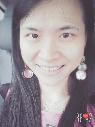 user Angeline Ng apkdeer profile image