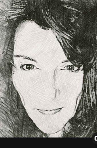 user Robyn apkdeer profile image