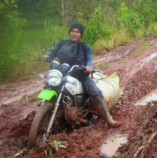 user Bayu Putro Mintowarman apkdeer profile image