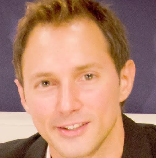 user Francisco Pablo Liaci apkdeer profile image