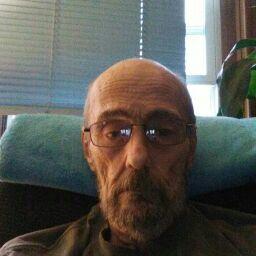 user mark varasso apkdeer profile image