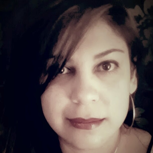 user Eva Contreras apkdeer profile image