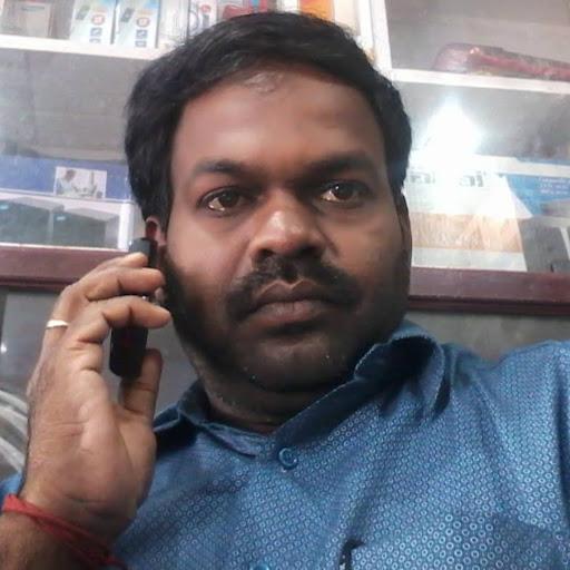 user priya store apkdeer profile image