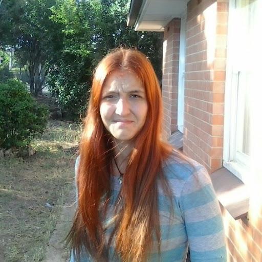 user Rebecca Sharp apkdeer profile image