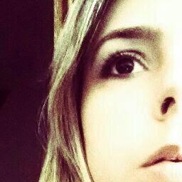 Débora Goulart avatar