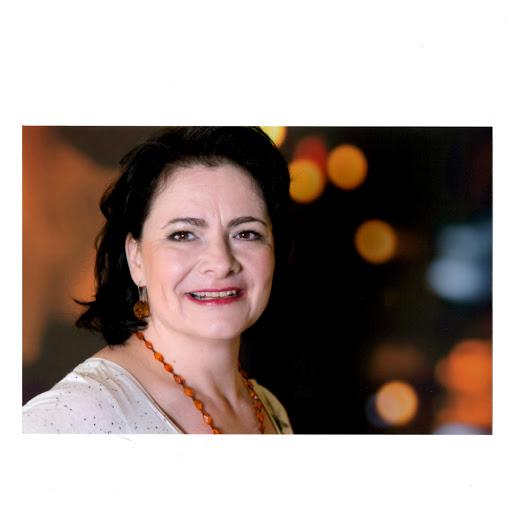 Anita Barnikel