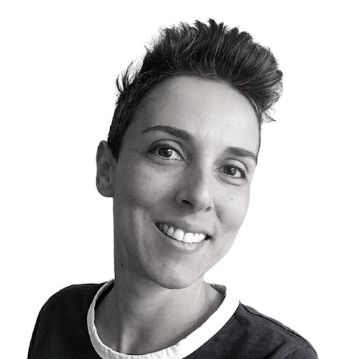 Lucie Petrelis's avatar