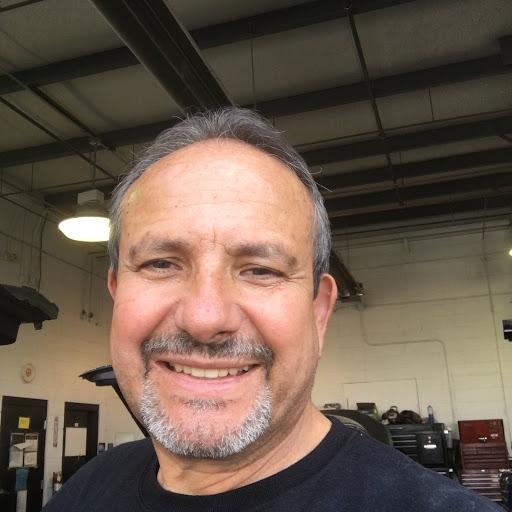 Bernie Viquez