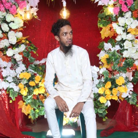 Md Kalam Hossain
