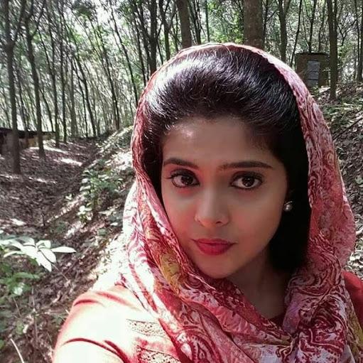 Anjali k Saxena